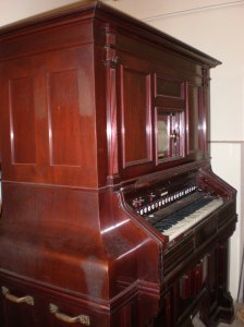 Orgel Harmonium Hollabrunn
